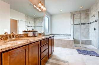 16250 W 62nd Dr Arvada CO-small-017-13-2nd Floor Master Bathroom-666x444-72dpi