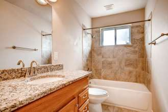 16142-w-13th-ave-golden-co-small-007-7-master-bathroom-666x444-72dpi