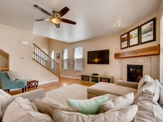 19702 W 59th Ave Golden CO-MLS_Size-007-8-Living Room-2048x1536-72dpi