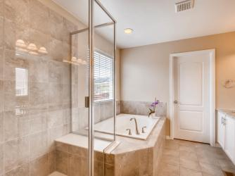 19702 W 59th Ave Golden CO-MLS_Size-016-11-2nd Floor Master Bathroom-2048x1536-72dpi