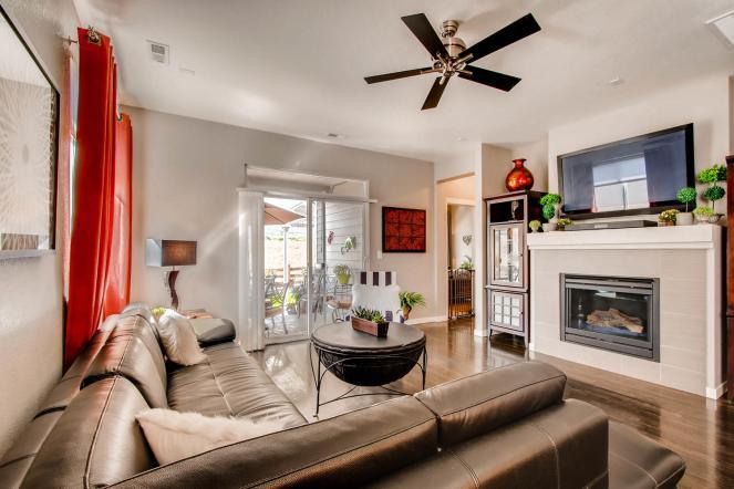 5667 Dunraven St Golden CO-large-006-24-Living Room-1500x1000-72dpi