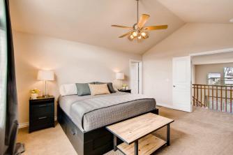 5065 Gladiola Golden CO 80403-large-018-16-2nd Floor Master Bedroom-1500x1000-72dpi