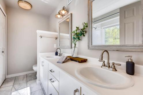 23599 Genesee Village Rd D-MLS_Size-019-16-Master Bathroom-1800x1200-72dpi