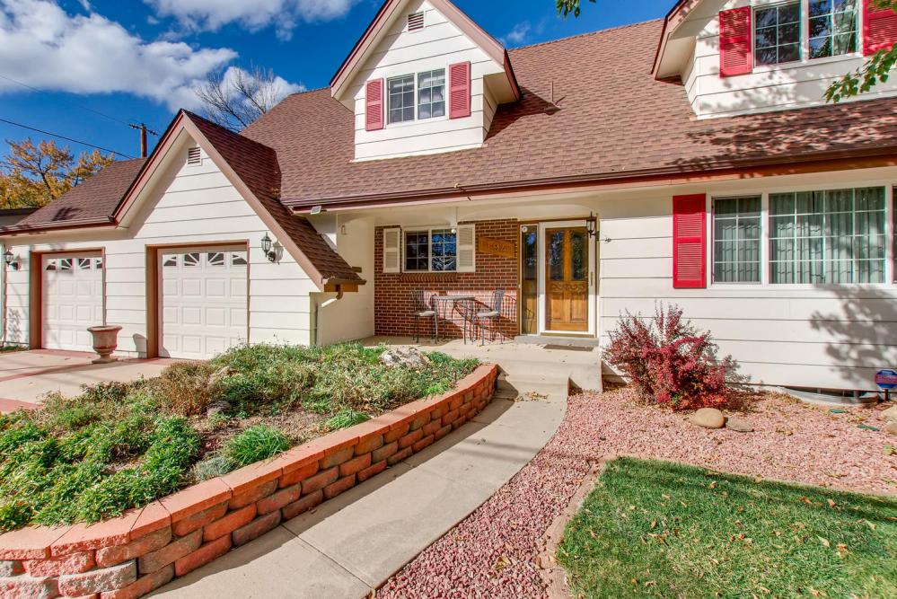 11941 WEST 60TH AVENUE Arvada-large-003-3-Exterior Front Entry-1500x1000-72dpi