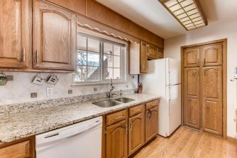11941 WEST 60TH AVENUE Arvada-large-011-23-Kitchen-1500x1000-72dpi