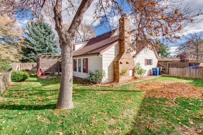 11941 WEST 60TH AVENUE Arvada-large-028-26-Back Yard-1500x1000-72dpi