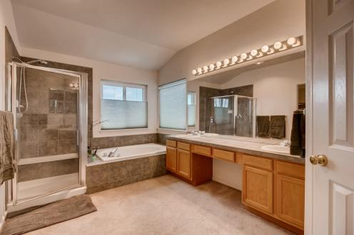 822 Rabbit Run Dr Golden CO-015-14-2nd Floor Master Bathroom-MLS_Size