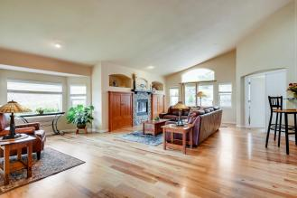 6121 Dunraven Rd Golden CO-large-005-5-Living Room-1500x1000-72dpi