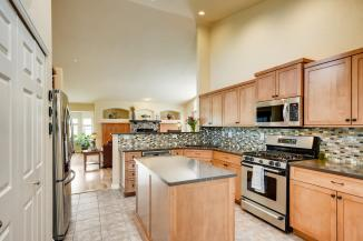6121 Dunraven Rd Golden CO-large-010-13-Kitchen-1500x1000-72dpi