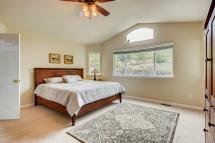 6121 Dunraven Rd Golden CO-large-013-12-Master Bedroom-1499x1000-72dpi